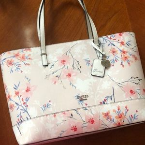 Guess pink white cherry blossom floral purse new!